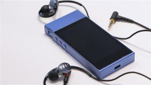 For beginners music lovers: an overview of the portable player FiiO M7